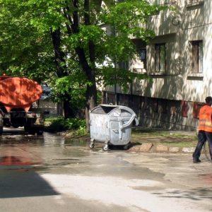 В ход е първото измиване на уличната мрежа в Плевен за тази година
