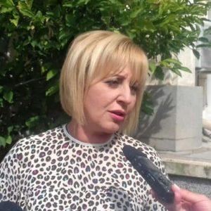 Мая Манолова ще се срещне днес с граждани в Плевен