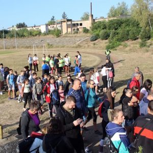 Над 400 ученици, учители, родители и активни млади хора се включиха в Пешеходния поход в Кнежа