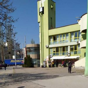 """Общински инспектори провериха спазва ли се министерска заповед на пазара """"Тибор"""""""