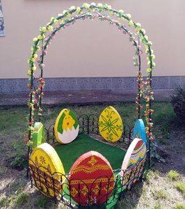 Село Победа е с празнична великденска украса /снимки/