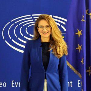 Цветелина Пенкова: Националният план за възстановяване и устойчивост е огледало на едно немощно управление