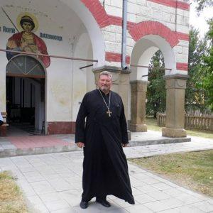 Църковните служби за Великден ще бъдат отслужени на открито в Гулянци