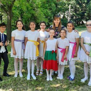 """ВГ """"Ботевци пеят"""" с първа награда от фестивала на патриотичната песен """"Отечество"""""""